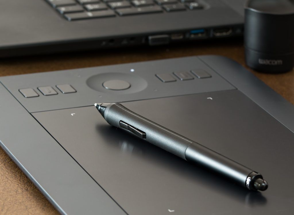 graphic design tablet and pen