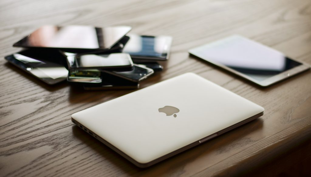 different devices for retina ready design